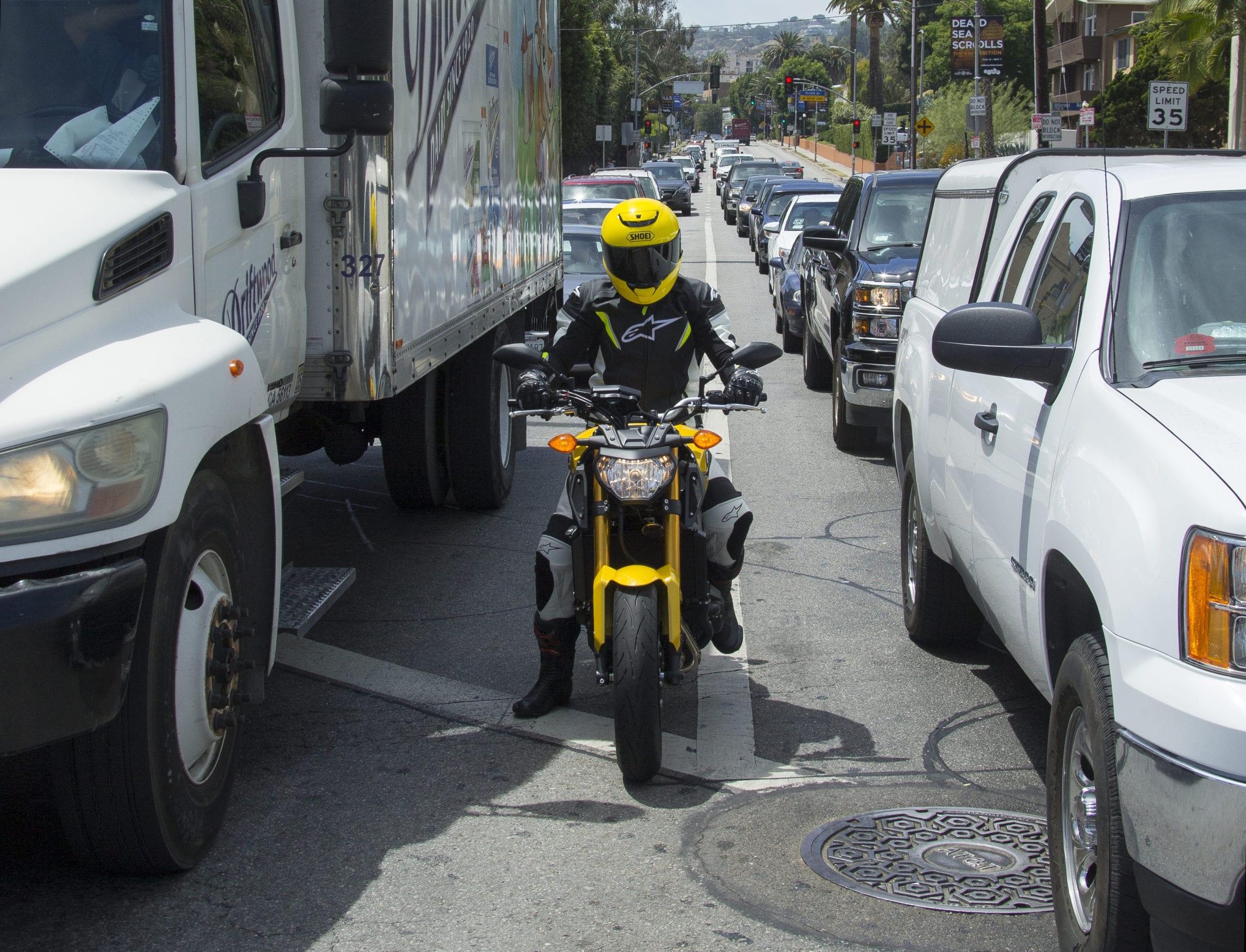 Utah Considering Bill Allowing Lane Splitting for Bikes